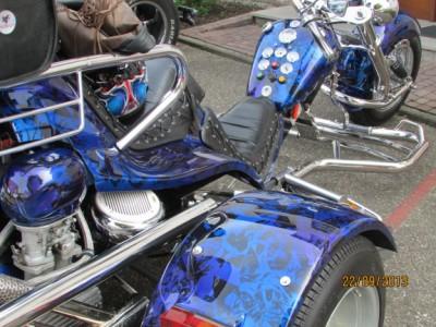 Trike bleu noir