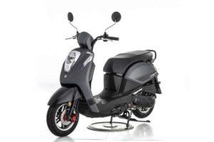 scooter noir