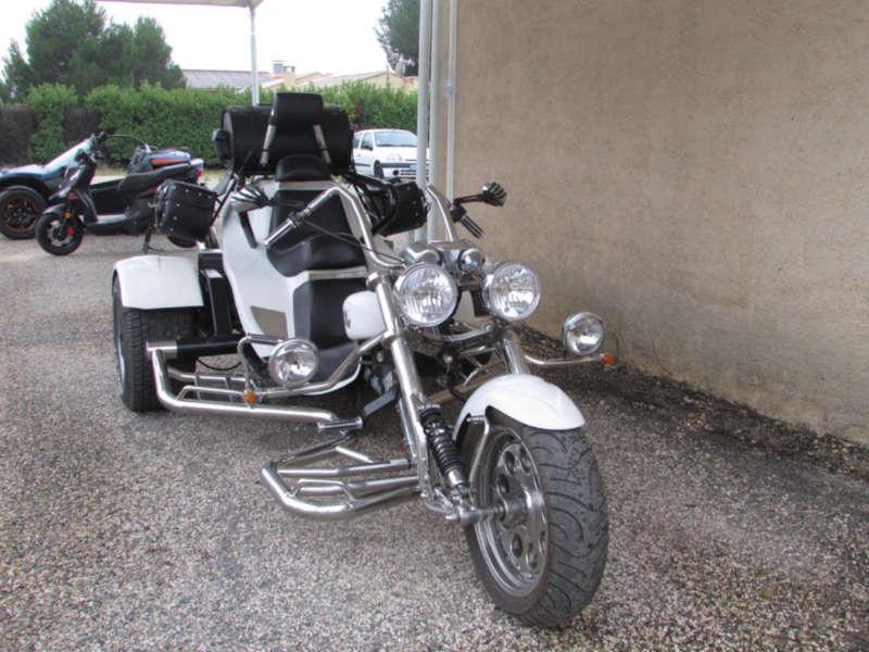 trike low rider blanc ford 100 cv