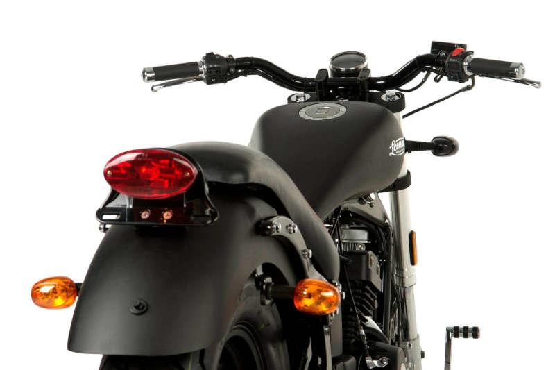 moto custom noir
